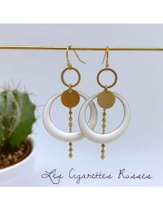 Boucles d'oreille anneaux émaillé blanc