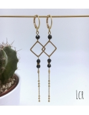 Boucles d'oreille petit anneau carré perle de cristal noir chaîne multi