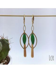 Boucles d'oreille anneau feuille, navette émaillée verte